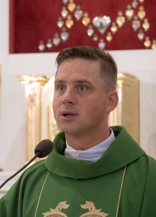 Ks. Grzegorz Dębek